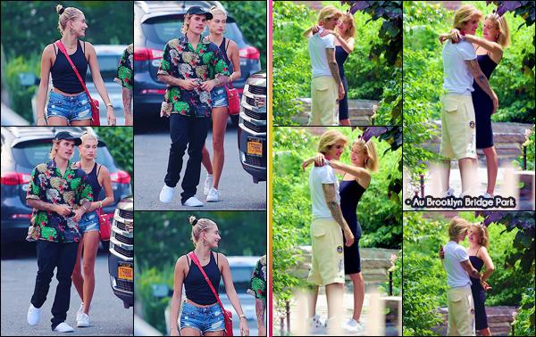 - ''•-01/07/18-' : Hailey Baldwin quittait le restaurant fast-food « Bay Burger » avec Justin Bieber, à Sag Harbor. Les deux amoureux se trouvent présentement dans la région des Hamptons à New York, pour profiter du beau temps des plages des environs. Petit top. -