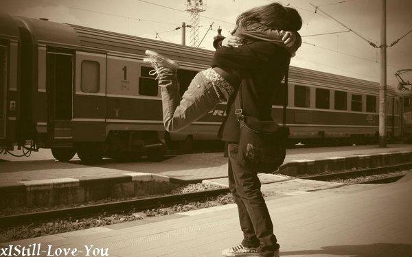 """""""Seul on marche plus vite, mais à deux on marche plus loin """" ♥"""