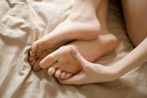 bises a vos pieds les filles