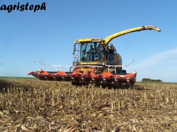 Ensilage de maïs 09 chez Dupuis avec J-M Nix
