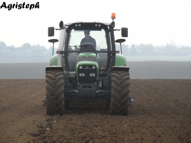 Préparation des terres chez Allagri