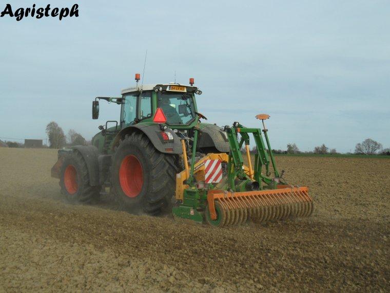 Plantation de pommes de terre par Van Hoven