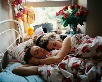 LaPremièreFois ... Que j'ai dormi avec un garçon.