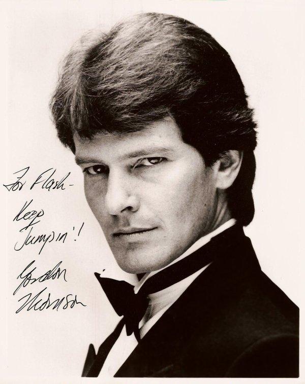 Portrait de Gordon Thomson alias Adam Carrington de la première version