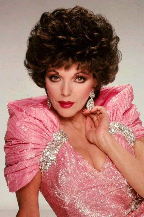Joan Collins alias Alexis Carrington Colby version années 80