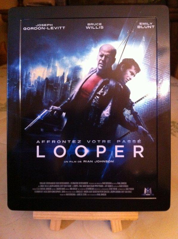 LOOPER (steelbook)
