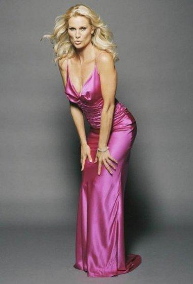 Nicolette Sheridan alias Edie Britt