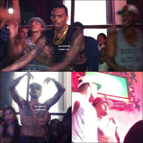 """. Chris Brown a été Appercu a La Plage et Au Club """"Cancun"""" au Mexique. Je Croit Qu'il adore Cette Boite Loool , Chris A postée Une Photos Sur le Compte Twitter .Commente L'article"""