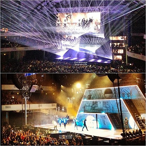 """. Chris B. a donné un Concert toujours dans le cadre de la tournée """"CarpeDiem Tour"""" Francfort . ."""