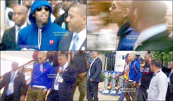 """. Chris B. a donné un Concert toujours dans le cadre de la tournée""""CarpeDiem Tour""""Johannesburg [Afrique du Sud]. ."""