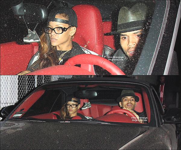 . Chris B. Apperçu avec Rihanna en quittant le studio d'enregistrement a los Angeles la nuit dernière. .