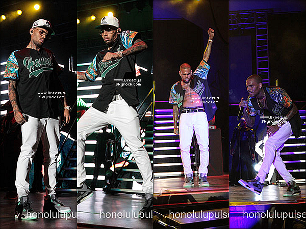 ". 24.08.2013 : Chris été présent au ""PowerBash"" a Hawaii. ."