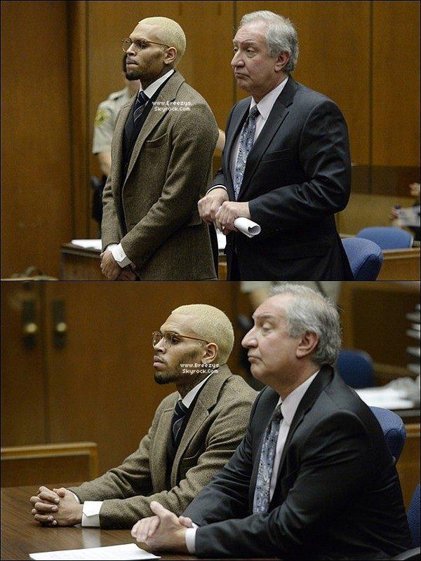 . 16.12.2013 : Chris a été présent au tribunal pour sa probation a Los Angeles. .
