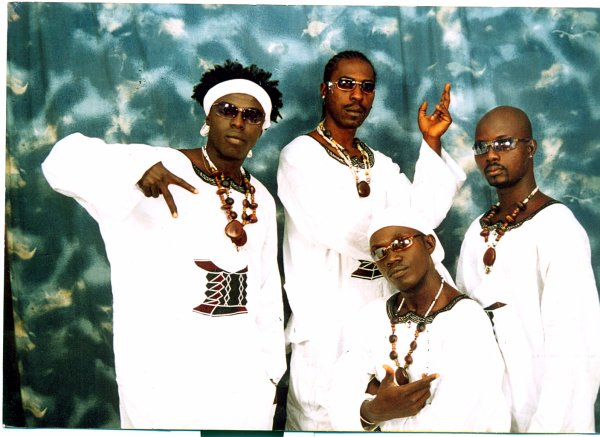 Groupe musical béninois : H2o Assouka, le groupe qui fait résonner une musique avérée