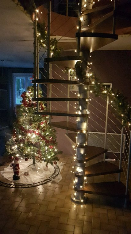 Noel se prepare.les enfants sont excités.