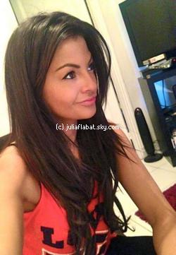 «  17 janvier 2012  - Julia et sa nouvelle couleur de cheveux  ♥ »