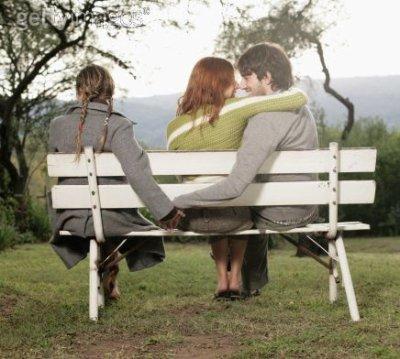 Malheur à celui qui, au milieu de la jeunesse, s'abandonne à un amour sans espoir.