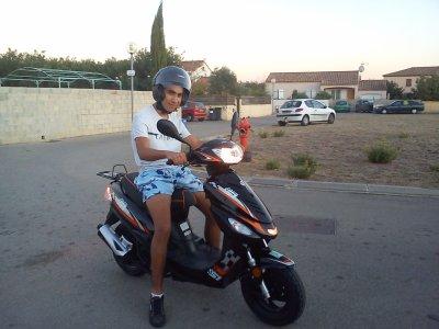 Mwa ak mon Scooter pour mon anivv !! :D