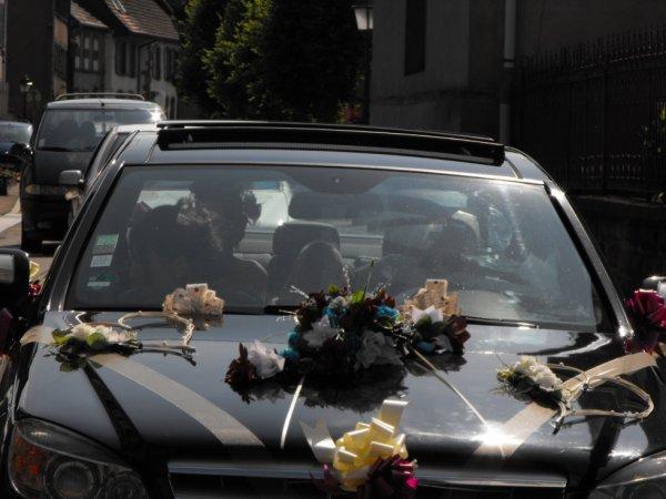 la voiture des mariee.
