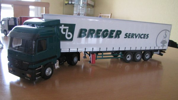 MERCEDES ACTROS SEMI TAUTLINER  BREGER SERVICES