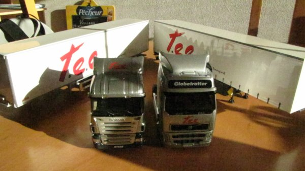 VOLVO FH RESTYLE SEMI TAUTLINER TEE