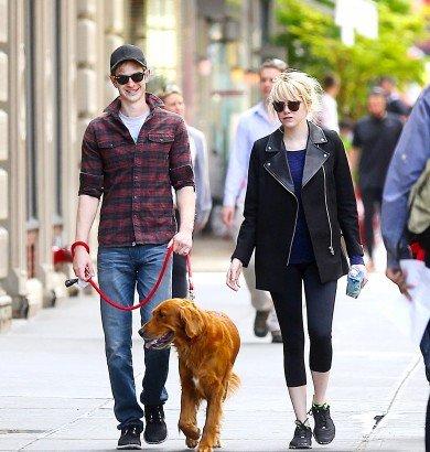 7 mai, Andrew et Emma promenant leur chien.