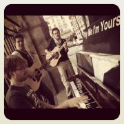 "Concerts sauvages - ""Play Me, I'm Yours!"" (02/07/12)"