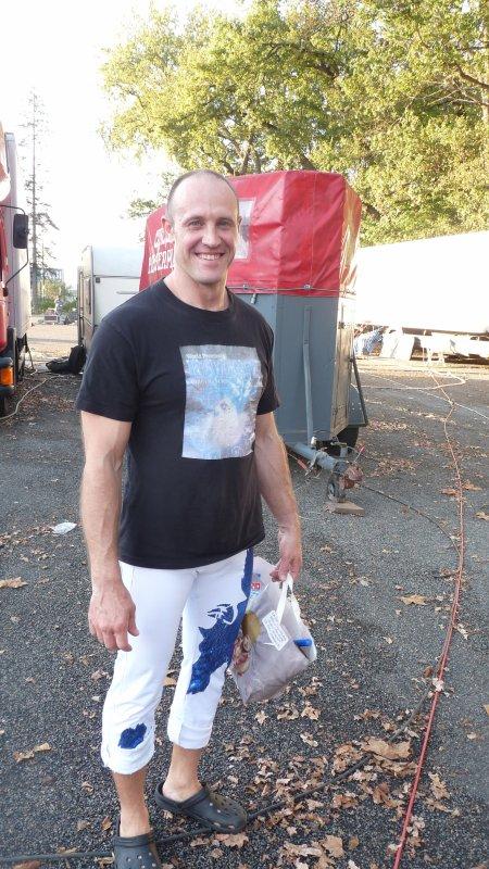 Cirque sur L'eau Orleans 2012 partie 3 : les artistes en dehors du chapiteau