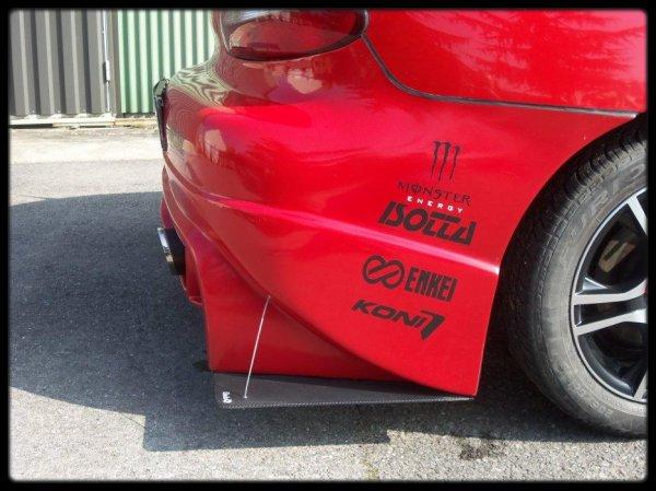 "Evolution touche Racing . . .""Tirants"""