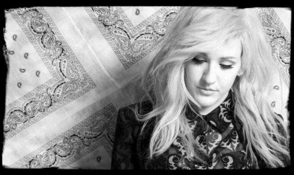 """Musique Son: """"Ellie Goulding - Love Me Like You Do"""" Gros coup de coeur du moment avec plus de 71 millions de vues !"""