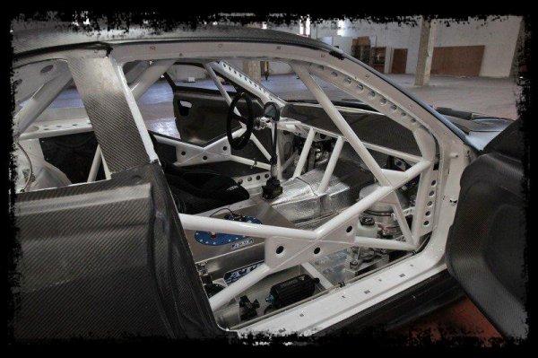 """Démon sur 4 roues:  """"Brill Steel' Carbon V8 S14.5 - Overview, Start Ups & Revs"""""""
