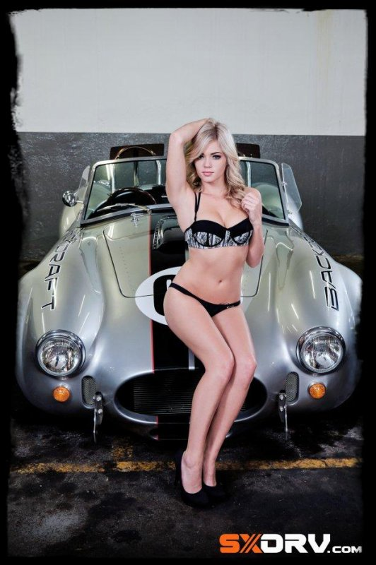 "Sexy et Super Cars ""Sally Vlok ROCHELLE-COBRA by BACKDRAFT """