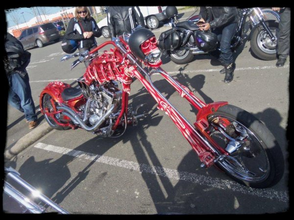 "1er Plessis Vintage Car Show ""Deux Choppers de folie!"" (Part 2)"