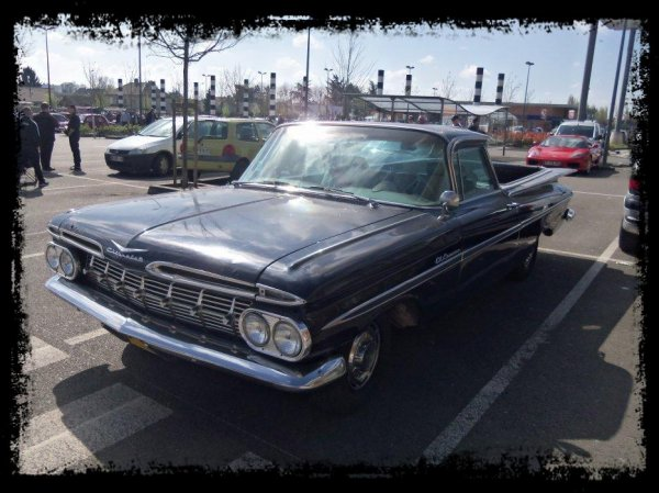 """1er Plessis  Vintage Car Show """"Des belles Américaines"""""""