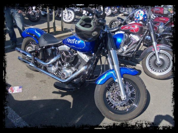 "1er Plessis  Vintage Car Show ""Quelques motos"""