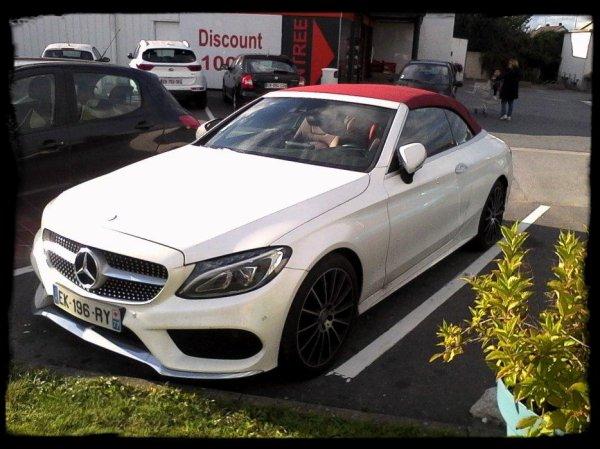 """Vue dans la rue: """"MERCEDES Class S Cabriolet - BMW M2"""""""