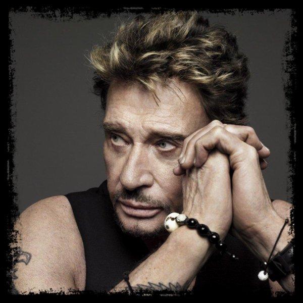 Hommage à Johnny HALLYDAY; Pour que tes chansons restent en nous et que la musique ne s'arrête jamais !