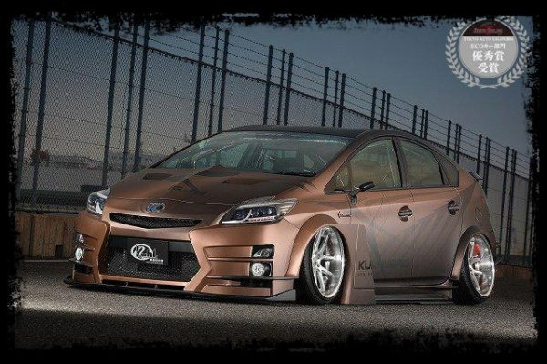"PRIUS 30R-GT by KUHL Racing - ""Une bombe ! """