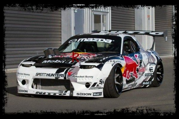 "Drift Passion: Mazda RX7 Red Bull ""Drift en kit large"""