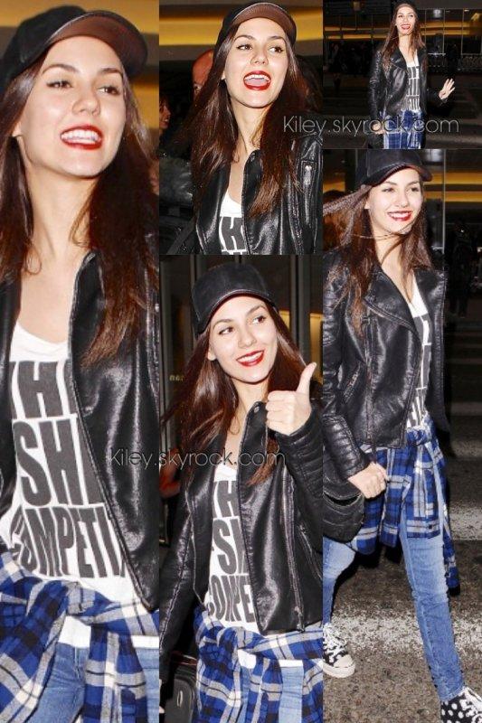 """Le 24/04/2014 Victoria était à New York aux """" MTV up front """" pour présenter sa nouvelle série """" Eye Candy """" + le lendemain vic était aperçu à l'aéroport de L.A + photos personnelle"""