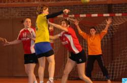 HANDBALL PRÉNATIONALE