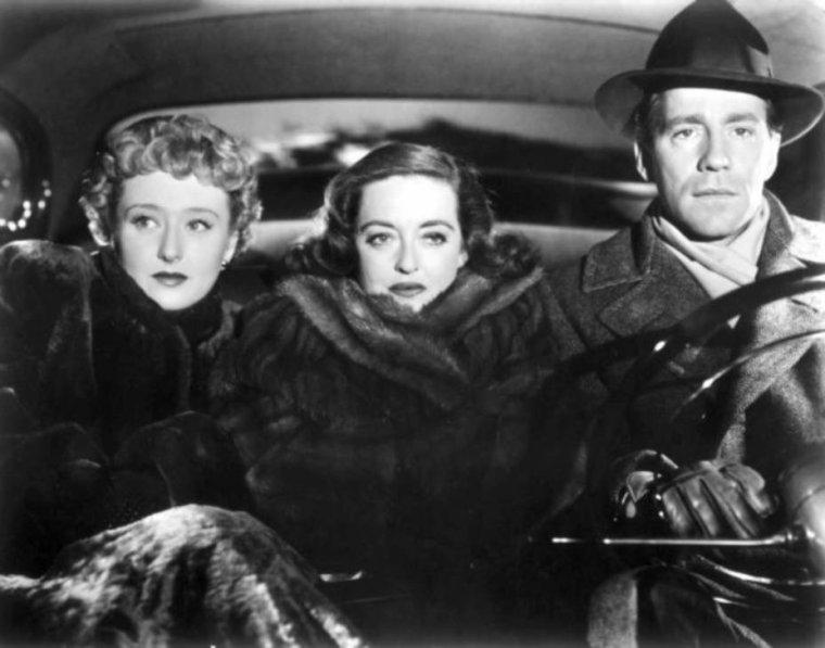 Hugh MARLOWE est un acteur américain, de son vrai nom Hugh Herbert HIPPLE, né le 30 janvier 1911 à Philadelphie (Massachusetts), mort d'une crise cardiaque le 2 mai 1982 à New York.