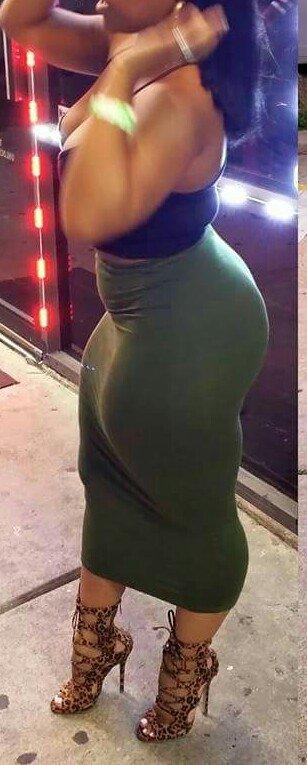 Une tenue plutôt sexy nn