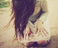 Le plus douloureux , c'est de regarder la personne que tu aime en aimer Une autre .. ! <\3
