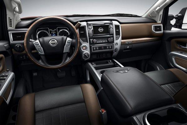 Detroit 2015: Nissan Titan XD