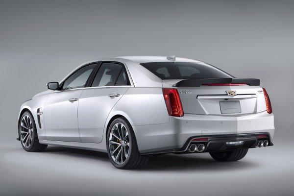 Nouvelle Cadillac CTS-V 2015: AVEC 640CH