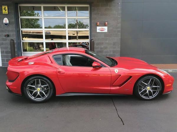 Voici une autre Ferrari unique, la SP America