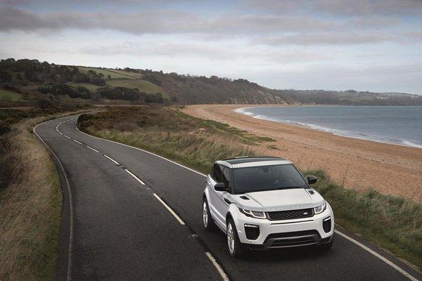Salon de Genève 2015 - Le Range Rover Evoque reçoit un léger restylage
