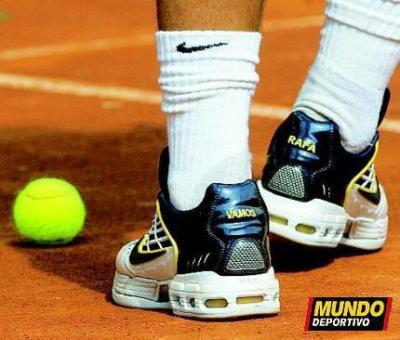 new arrivals aad10 6906e Les fameuses chaussures ! ! . . . ! VAMOS RAFA !