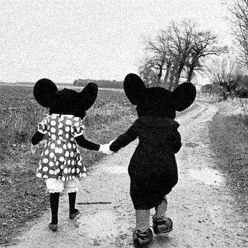 Tu es ma vie, mon bonheur, mon tout.